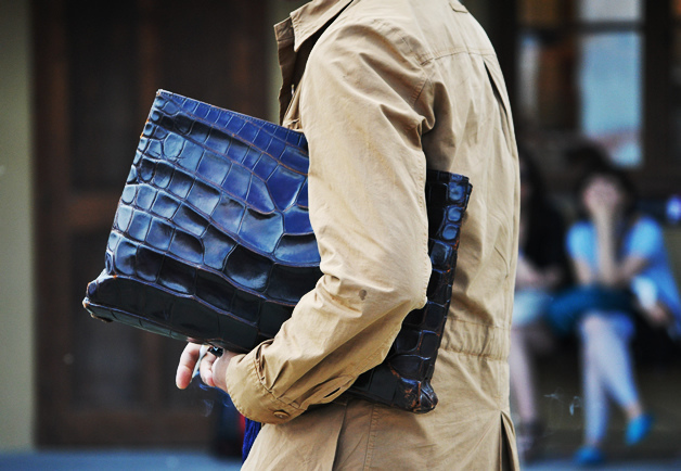 MEN WITH CLUTCHES 111